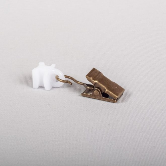 Plast. kilputė slankiojanti su metaliniu segtuku šv. send. aukso sp. Nr. U 334