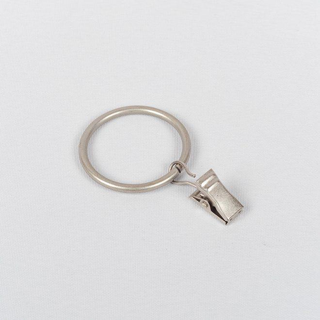 Žiedai karnizui CLASSIC Ø25mm su segtukais šv. mat. sidabro sp.