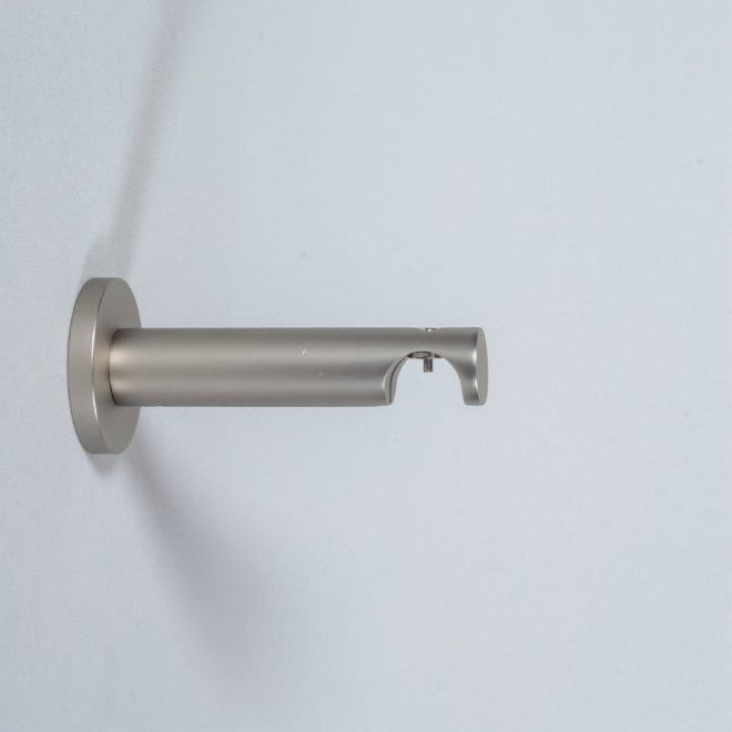 Laikiklis karnizui ASPEN NOVA L9-14cm Ø19mm viengubas šv. mat. sidabro sp.