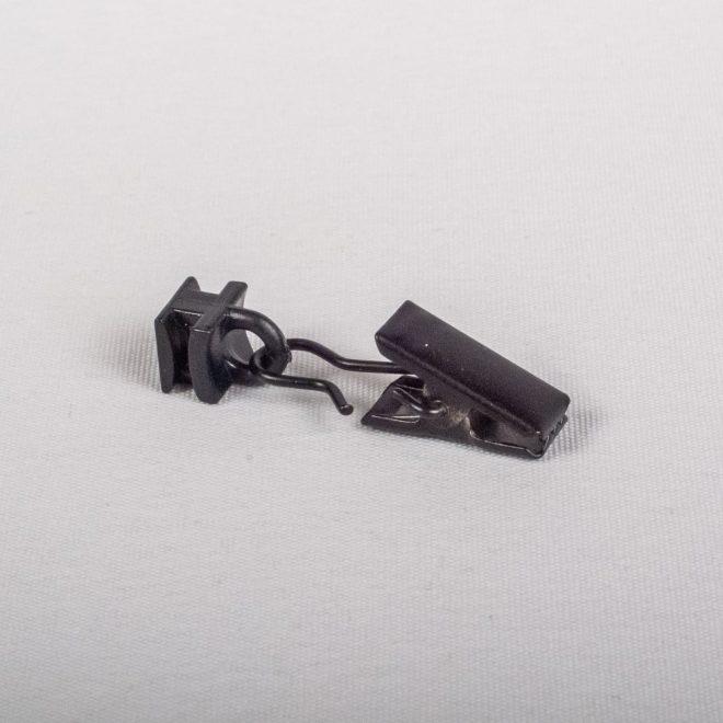 Plast. slankiojanti kilputė su metaliniu segtuku juodos sp. Nr. 780